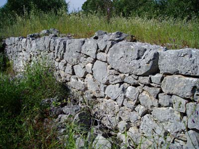 Marat's Dry-Walls at Island Veli Iž – Dragodid